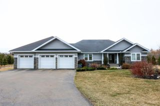 Main Photo: 337 53038 RGE RD 225: Rural Strathcona County House for sale : MLS®# E4153282