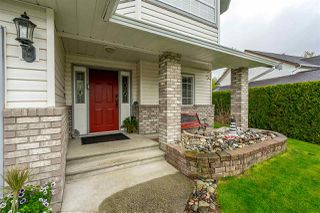 Photo 2: 3701 LATIMER Street in Abbotsford: Abbotsford East House for sale : MLS®# R2360589