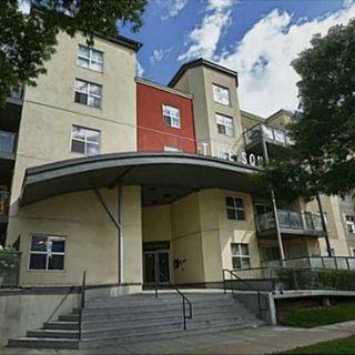 Photo 1: 303 10118 106 Avenue in Edmonton: Zone 08 Condo for sale : MLS®# E4154179