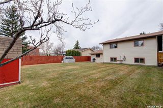 Photo 32: 332 Russell Road in Saskatoon: Silverwood Heights Residential for sale : MLS®# SK770395