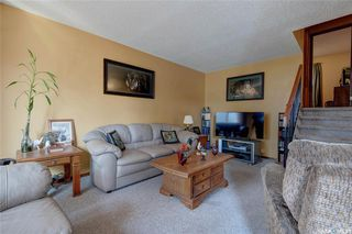 Photo 5: 332 Russell Road in Saskatoon: Silverwood Heights Residential for sale : MLS®# SK770395