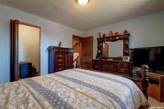 Photo 14: 332 Russell Road in Saskatoon: Silverwood Heights Residential for sale : MLS®# SK770395