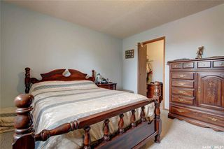 Photo 13: 332 Russell Road in Saskatoon: Silverwood Heights Residential for sale : MLS®# SK770395