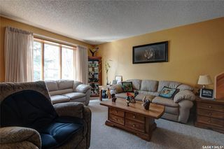 Photo 6: 332 Russell Road in Saskatoon: Silverwood Heights Residential for sale : MLS®# SK770395