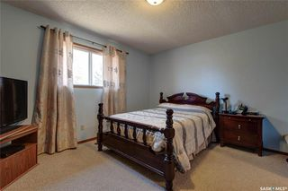 Photo 12: 332 Russell Road in Saskatoon: Silverwood Heights Residential for sale : MLS®# SK770395