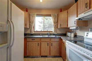Photo 7: 332 Russell Road in Saskatoon: Silverwood Heights Residential for sale : MLS®# SK770395