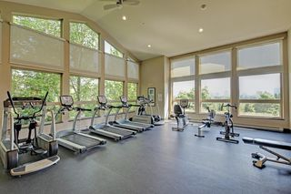 "Photo 17: 401 3082 DAYANEE SPRINGS Boulevard in Coquitlam: Westwood Plateau Condo for sale in ""THE LANTERNS"" : MLS®# R2376172"