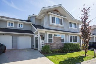 "Main Photo: 53 12161 237 Street in Maple Ridge: East Central Townhouse for sale in ""VILLAGE GREEN"" : MLS®# R2380242"