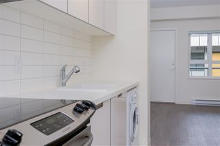 "Photo 3: 613 138 E HASTINGS Street in Vancouver: Downtown VE Condo for sale in ""SEQUEL 138"" (Vancouver East)  : MLS®# R2384483"