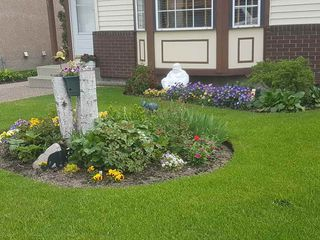 Photo 2: 18611 75 Avenue in Edmonton: Zone 20 House for sale : MLS®# E4163949