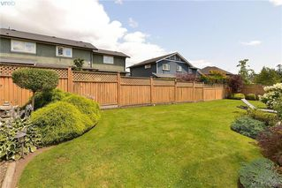 Photo 30: 1112 Conforti Place in VICTORIA: SW Strawberry Vale Single Family Detached for sale (Saanich West)  : MLS®# 413997
