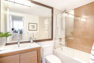 """Photo 13: 901 717 JERVIS Street in Vancouver: West End VW Condo for sale in """"Emerald West"""" (Vancouver West)  : MLS®# R2421913"""