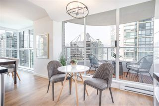 """Photo 10: 901 717 JERVIS Street in Vancouver: West End VW Condo for sale in """"Emerald West"""" (Vancouver West)  : MLS®# R2421913"""