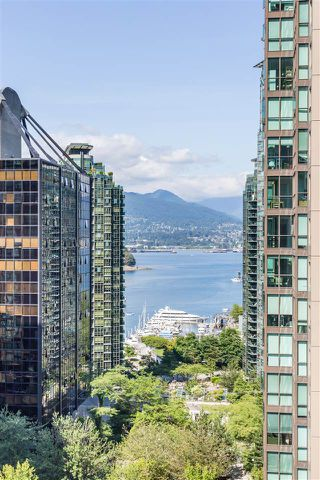 """Photo 18: 901 717 JERVIS Street in Vancouver: West End VW Condo for sale in """"Emerald West"""" (Vancouver West)  : MLS®# R2421913"""