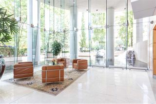 """Photo 19: 2501 1200 ALBERNI Street in Vancouver: West End VW Condo for sale in """"PALISADES"""" (Vancouver West)  : MLS®# R2428851"""