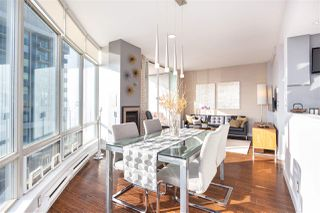 """Photo 5: 2501 1200 ALBERNI Street in Vancouver: West End VW Condo for sale in """"PALISADES"""" (Vancouver West)  : MLS®# R2428851"""