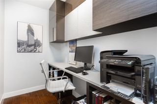 """Photo 13: 2501 1200 ALBERNI Street in Vancouver: West End VW Condo for sale in """"PALISADES"""" (Vancouver West)  : MLS®# R2428851"""