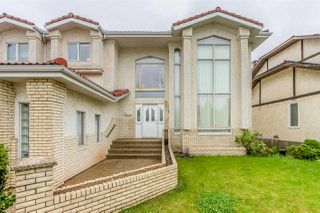 Photo 2: 15731 77 Street in Edmonton: Zone 28 House for sale : MLS®# E4193415
