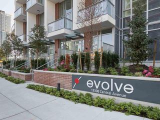 "Photo 6: 1707 13308 CENTRAL Avenue in Surrey: Whalley Condo for sale in ""EVOLVE"" (North Surrey)  : MLS®# R2449633"
