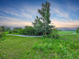 Photo 36: 2932 SIGNAL HILL Drive SW in Calgary: Signal Hill Detached for sale : MLS®# C4296211