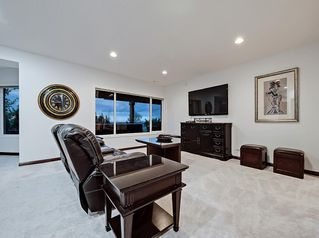 Photo 29: 2932 SIGNAL HILL Drive SW in Calgary: Signal Hill Detached for sale : MLS®# C4296211