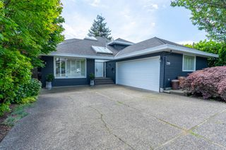 Photo 2: 2218 INGLEWOOD Avenue in West Vancouver: Dundarave House for sale : MLS®# R2473358