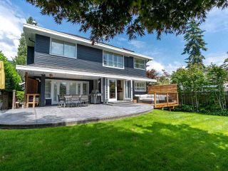 Photo 6: 2218 INGLEWOOD Avenue in West Vancouver: Dundarave House for sale : MLS®# R2473358