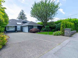 Main Photo: 2218 INGLEWOOD Avenue in West Vancouver: Dundarave House for sale : MLS®# R2473358