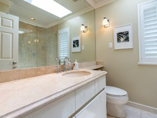 Photo 35: 2218 INGLEWOOD Avenue in West Vancouver: Dundarave House for sale : MLS®# R2473358