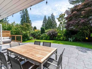 Photo 10: 2218 INGLEWOOD Avenue in West Vancouver: Dundarave House for sale : MLS®# R2473358