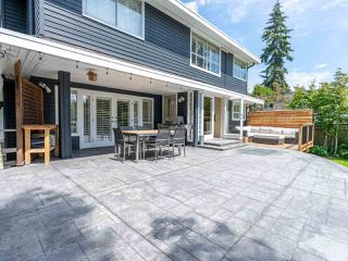 Photo 7: 2218 INGLEWOOD Avenue in West Vancouver: Dundarave House for sale : MLS®# R2473358