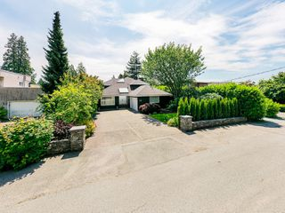 Photo 61: 2218 INGLEWOOD Avenue in West Vancouver: Dundarave House for sale : MLS®# R2473358