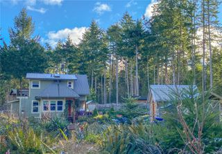 Photo 2: 1579 Violet Cres in : Isl Gabriola Island House for sale (Islands)  : MLS®# 862111