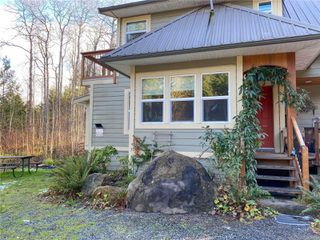 Photo 3: 1579 Violet Cres in : Isl Gabriola Island House for sale (Islands)  : MLS®# 862111