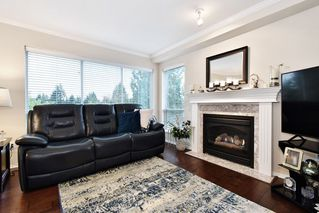 "Photo 10: 306 33280 E BOURQUIN Crescent in Abbotsford: Central Abbotsford Condo for sale in ""Emerald Springs"" : MLS®# R2528661"