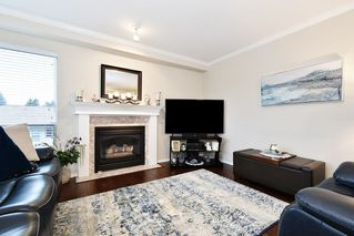 "Photo 9: 306 33280 E BOURQUIN Crescent in Abbotsford: Central Abbotsford Condo for sale in ""Emerald Springs"" : MLS®# R2528661"