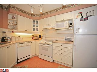 """Photo 5: 311 20120 56TH Avenue in Langley: Langley City Condo for sale in """"Blackberry Lane I"""" : MLS®# F1117783"""