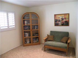 Photo 11: LA JOLLA Townhome for sale : 3 bedrooms : 3283 Caminito Eastbluff #193