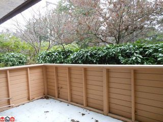 "Photo 8: 115 15020 N BLUFF Road: White Rock Condo for sale in ""North Bluff Village"" (South Surrey White Rock)  : MLS®# F1200400"