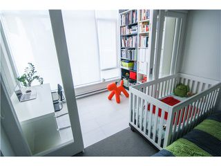 """Photo 6: 404 1252 HORNBY Street in Vancouver: Downtown VW Condo for sale in """"Pure"""" (Vancouver West)  : MLS®# V1042698"""