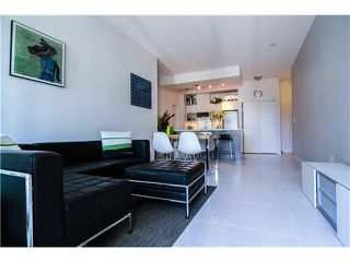 """Photo 4: 404 1252 HORNBY Street in Vancouver: Downtown VW Condo for sale in """"Pure"""" (Vancouver West)  : MLS®# V1042698"""