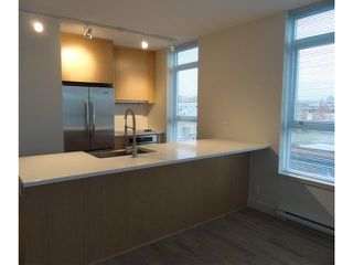 """Photo 2: 502 250 E 6TH Avenue in Vancouver: Mount Pleasant VE Condo for sale in """"District"""" (Vancouver East)  : MLS®# V1047852"""