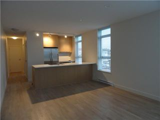 """Photo 3: 502 250 E 6TH Avenue in Vancouver: Mount Pleasant VE Condo for sale in """"District"""" (Vancouver East)  : MLS®# V1047852"""