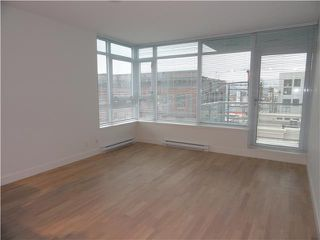 """Photo 4: 502 250 E 6TH Avenue in Vancouver: Mount Pleasant VE Condo for sale in """"District"""" (Vancouver East)  : MLS®# V1047852"""