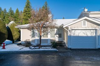 "Photo 2: 48 20761 TELEGRAPH Trail in Langley: Walnut Grove Townhouse for sale in ""WOODBRIDGE"" : MLS®# F1427779"