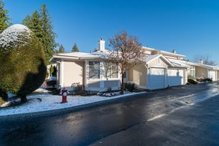 """Photo 1: 48 20761 TELEGRAPH Trail in Langley: Walnut Grove Townhouse for sale in """"WOODBRIDGE"""" : MLS®# F1427779"""