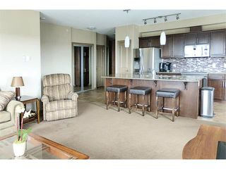 Photo 11: 3410 310 McKenzie Towne Gate SE in Calgary: McKenzie Towne Condo for sale : MLS®# C4003134