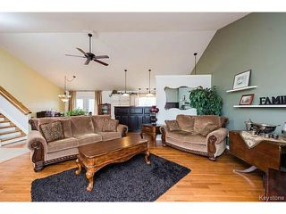 Photo 3: 18 MCDOUGALL Road North in LORETTE: Dufresne / Landmark / Lorette / Ste. Genevieve Residential for sale (Winnipeg area)  : MLS®# 1507451