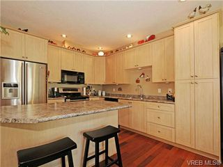 Photo 11: 8 5164 Cordova Bay Rd in VICTORIA: SE Cordova Bay Row/Townhouse for sale (Saanich East)  : MLS®# 704270