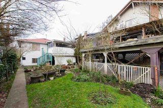 "Photo 13: 3514 W 8TH Avenue in Vancouver: Kitsilano House for sale in ""KITSILANO"" (Vancouver West)  : MLS®# R2037787"